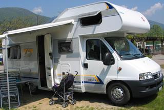 14-a-zauggs-camper