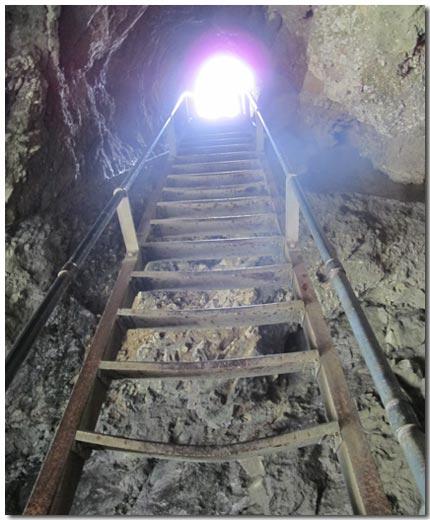 n_licht-am-ende-des-tunnels